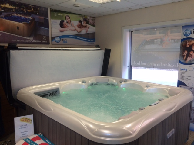 Wellis Swim Spa